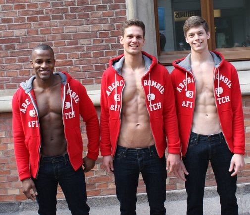 ABERCROMBIE-AND-FITCH-OPENING-HAMBURG-5
