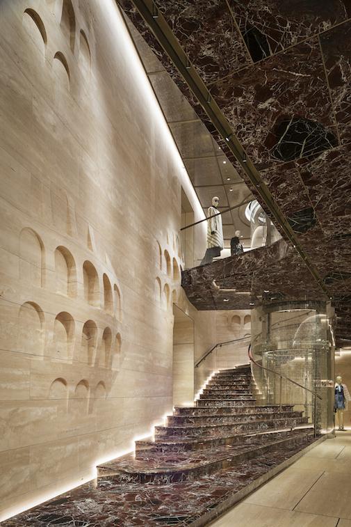 07_Palazzo FENDI Boutique staircase